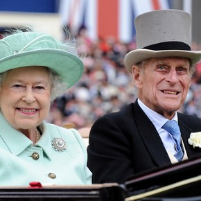 Nostradamus' prophecies about the death of Queen Elizabeth and the future of British royalty