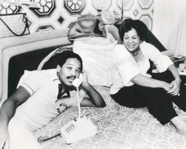 Wilfred Benítez junto a Clara Rosa, su madre.