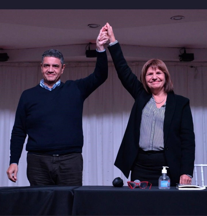 Patricia Bullrich with Jorge Macri, in a meeting this year in Vicente López.