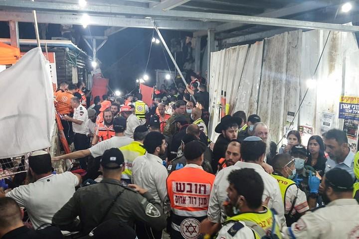 La tragedia sucedió en la noche por una estampida en la fiesta religiosa judía de Lag Baomer. / Reuters