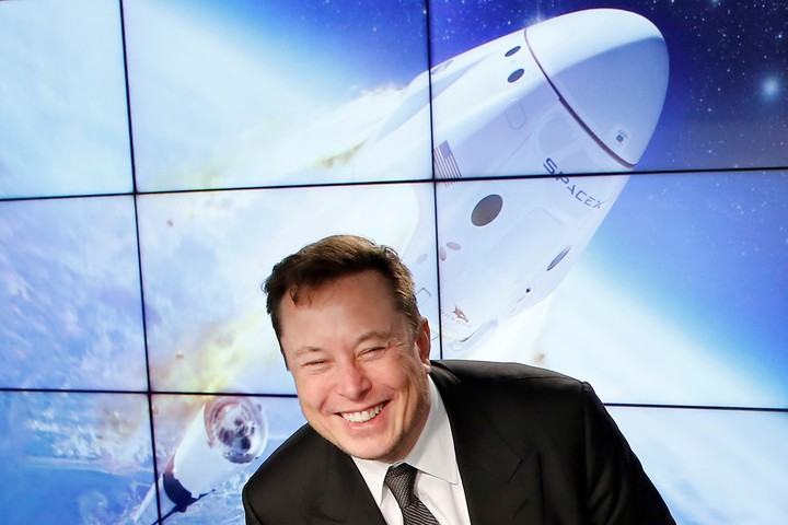 Musk wants to bring satellite internet to half a million users.  Reuters photo