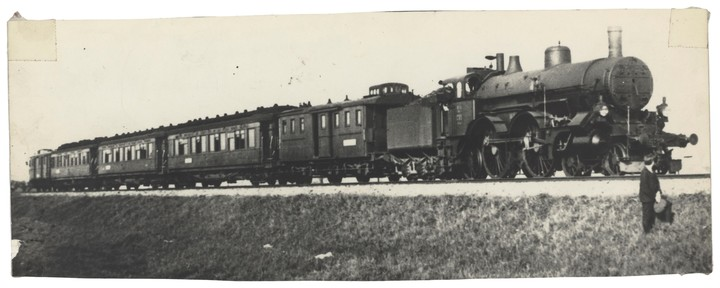 This is what the first carriages of the train looked like.  Photo Orient Express Heritage.