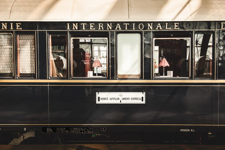 The Orient Express carried in its wagons from politicians to stars of the moment.  Photo Belmond.