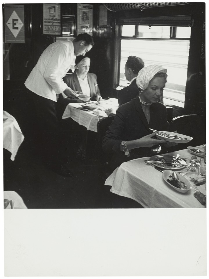 For dinner time, elegance prevailed.  Photo Orient Express Heritage.