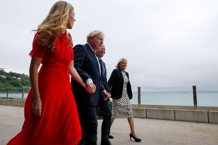Boris Johnson and his wife Carrie Johnson, along with Joe Biden and Jill Biden in Carbis Bay.  Photo: EFE