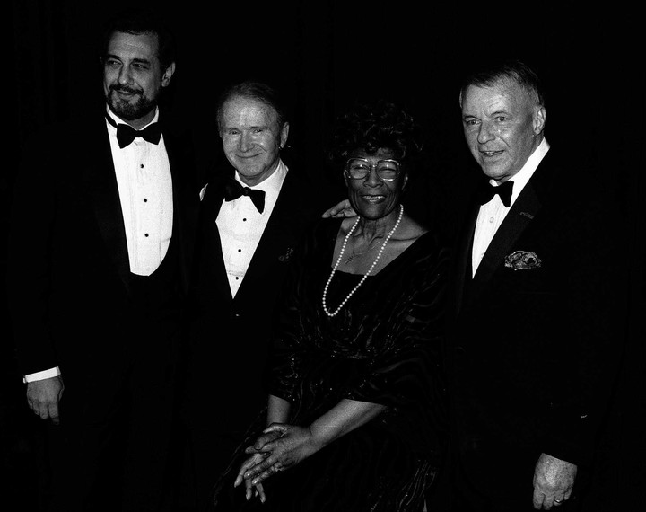 Ella Fitzgerald, along with Placido Domingo and Frank Sinatra;  a summit of great voices of the twentieth century, along with the American comedian Red Buttons.