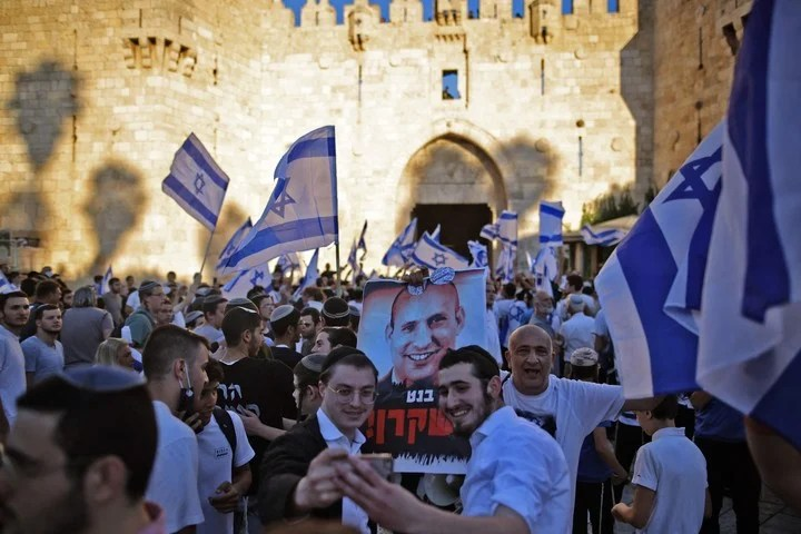 Israel's ultranationalists, this Tuesday, in a march in Jerusalem, which raised the tension.  Photo: AFP