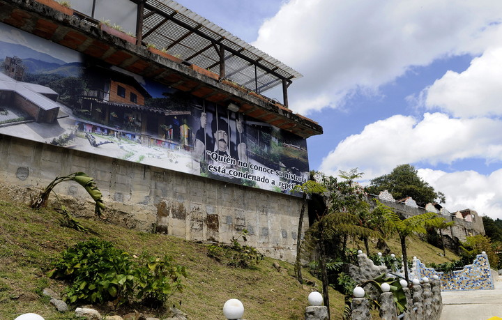 """2012 photograph of  """"Cathedral"""" in Envigado, the luxurious jail that was built for the Colombian drug trafficker Pablo Escobar when he turned himself in to the authorities in 1991. EFE / LUIS EDUARDO NORI"""