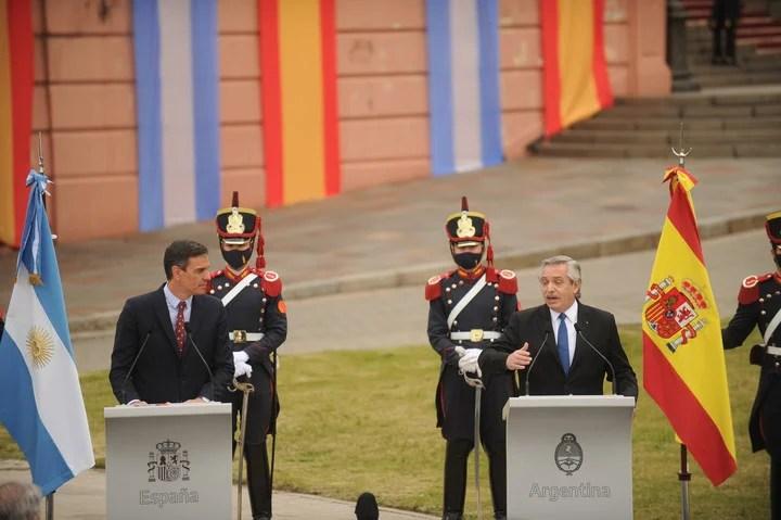 The press conference of Alberto Fernándeza and Pedro Sanchez.  Photo Juano Tesone