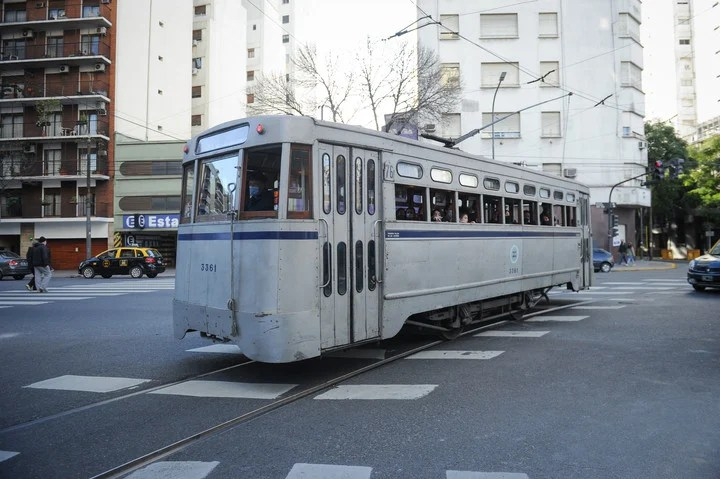 The tram that left this Saturday was manufactured in 1955. Photo Juano Tesone