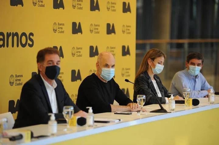 Diego Santilli and Horacio Rodríguez Larreta, in a press conference of the Buenos Aires government.  Photo Federico Lopez Claro