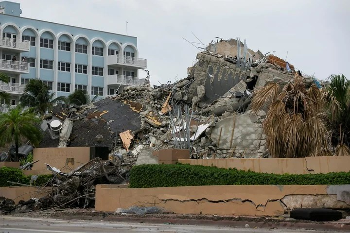 A mountain of debris from what was once the Champlain Tower in Miami, which collapsed on June 24.  Photo: AP