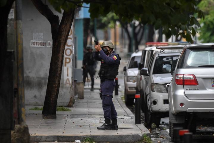 """The police are looking for members of the """"The Koki"""", which terrorizes a popular neighborhood in Caracas.  Photo: AFP"""