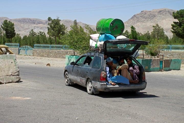 Exodus in Herat, 640 kilometers from Kabul.  AP Photo