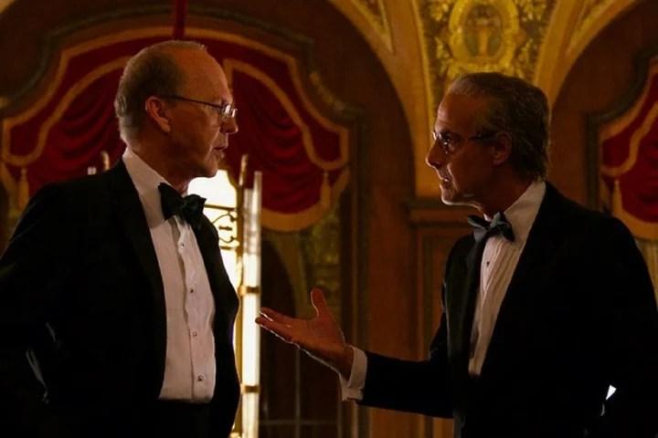 Michae Keaton y Stanley Tucci.