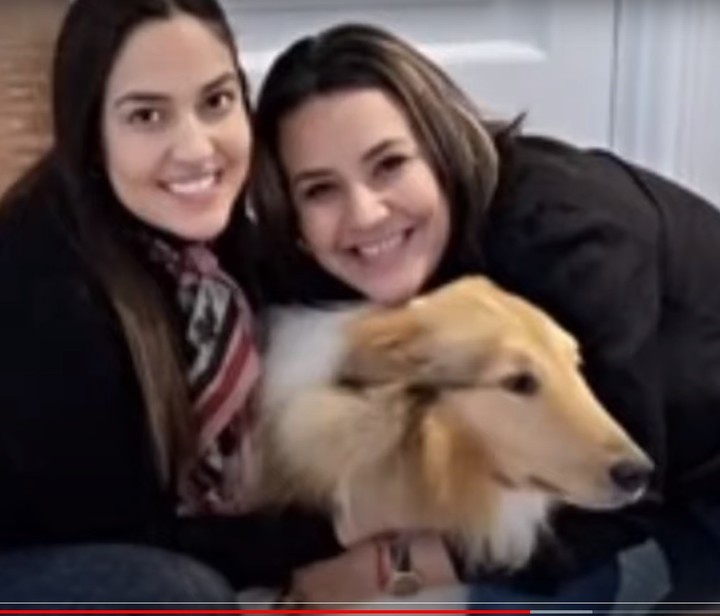 Claudia Silvero and Agustina Alfonzo, friends of Fabiola Yañez in Olivos with the presidential dog Dylan.  PPT photo
