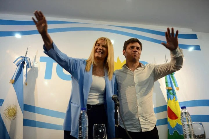Axel Kicillof and Veronica Magario, the other day after winning the governorship, on October 28, 2019.