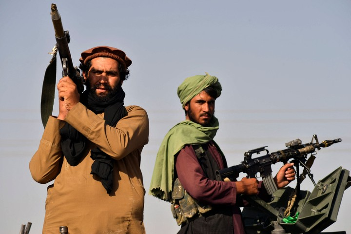 Taliban fighters in the parade.  Photo: AFP