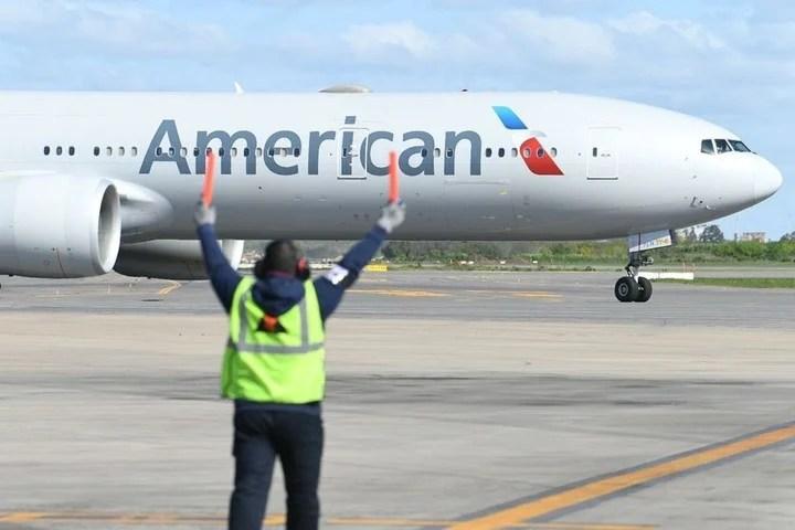 Avión de American Airlines en el Aeropuerto Internacional de Ezeiza.