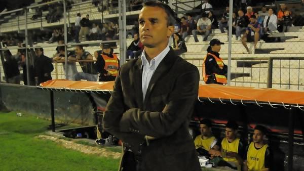 Pablo Lavallén, DT de Atlético.