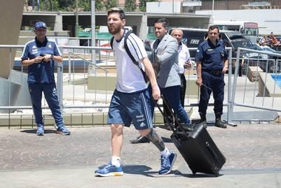 Lionel Messi habría sido uno de los más afectados en el turbulento vuelo de la Selección a San Juan. (Télam)