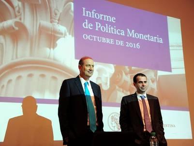 Federico Sturzenegger, el martes pasado, presentando un informe en el Banco Central