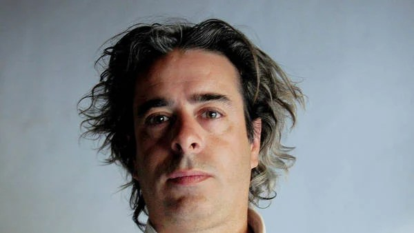 Sergio Dima (45). Periodista de Clarín. Luchaba contra los abusos policiales y el gatillo fácil.