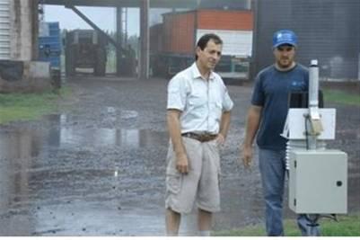 Las constantes precipitaciones también jaquean el transporte de granos hacia los acopios y terminales portuarias.