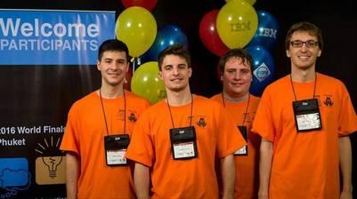 Estudiantes de Ciencias de la Computación de la UNR que superaron a otros 17 equipos de Latinoamérica en la competencia realizada en Tailandia.