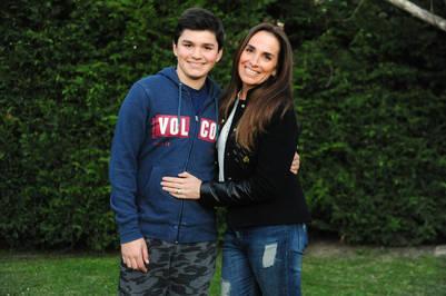 Marcela Torti y su hijo Santiago. Fotos Emmanuel Fernandez