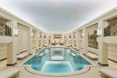 Piscina del Ritz París.
