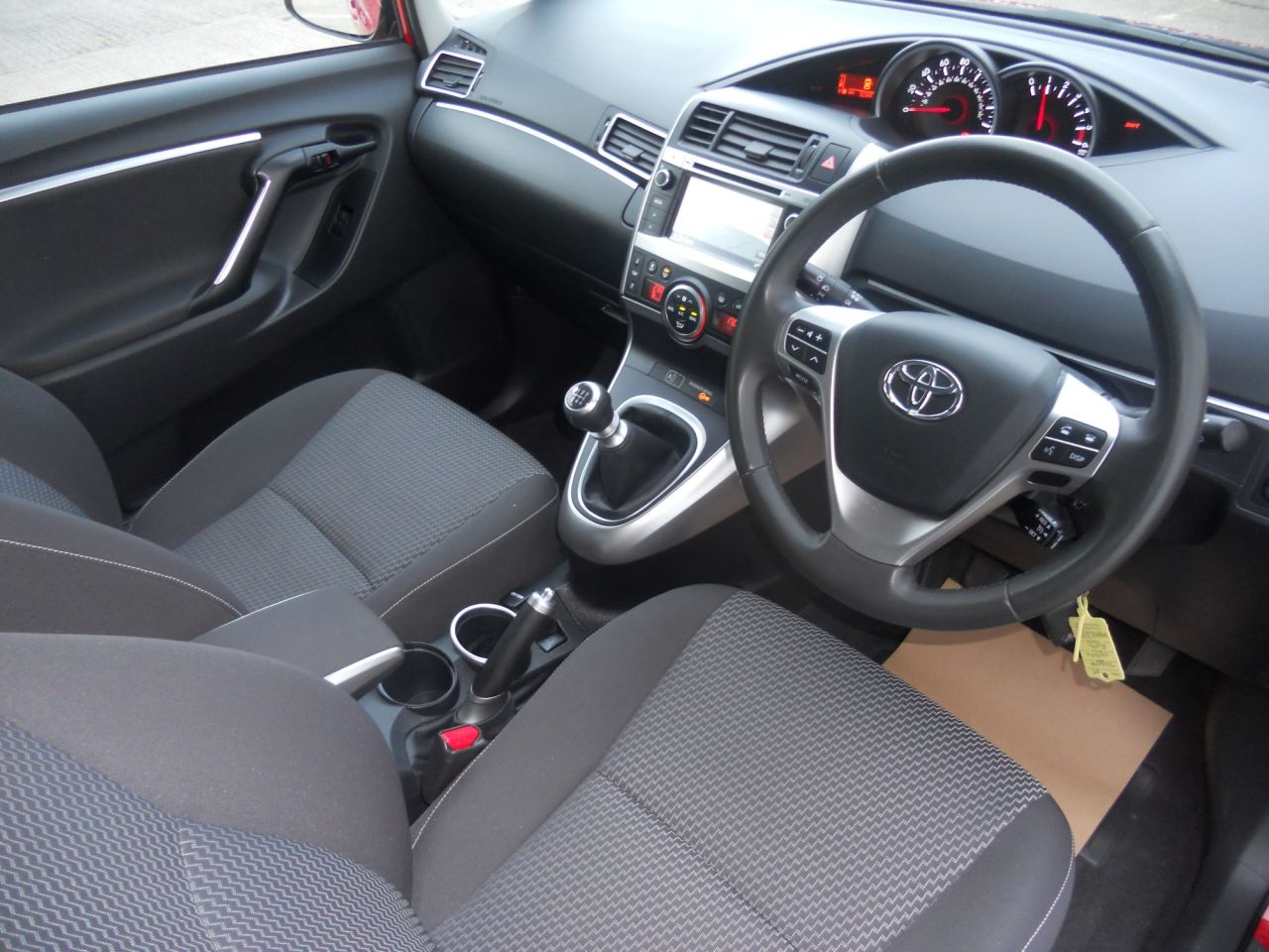 hight resolution of  used 2015 toyota verso 1 6 d 4d icon 5d 110 bhp