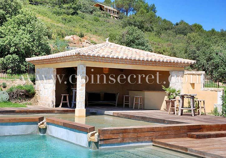 Vacances dexception entre amis en Provence  location maison avec piscine dans un domaine