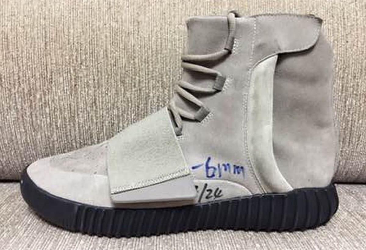 Kanye West x adidas Yeezy 750 Boost Black Sole
