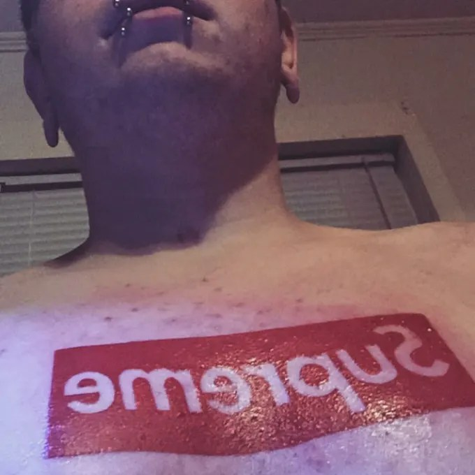 Fall Brithday Wallpaper Hypebeast Gets Supreme Box Logo Tattoo On Chest Complex