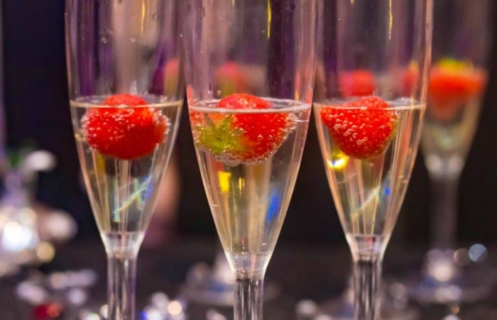 the-lounge-unlimited-prosecco