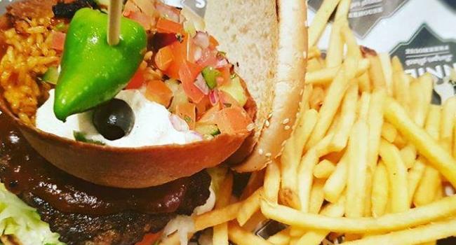gringo-burger-from-annies-burger-shack