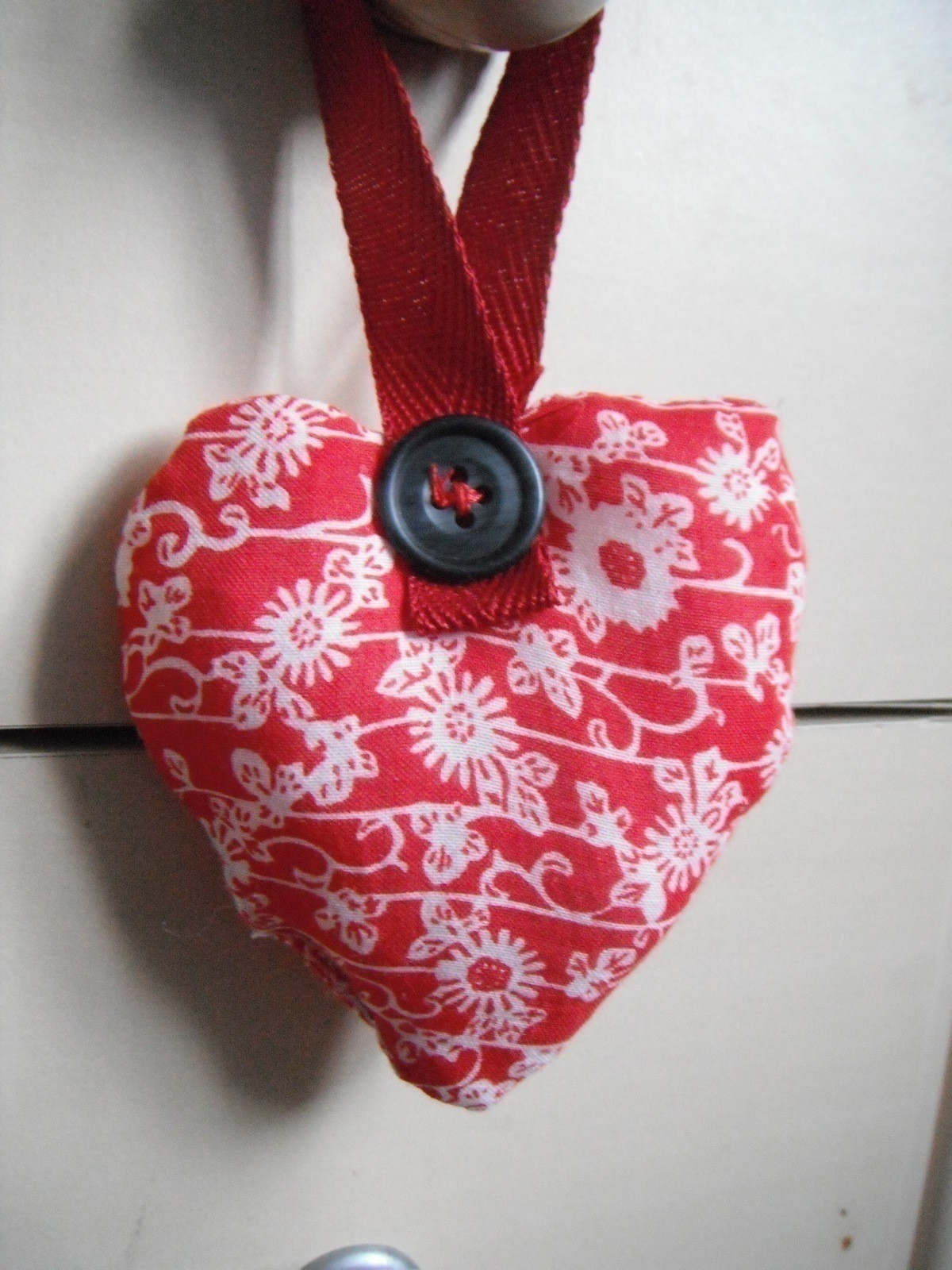 Stuffed Valentines Heart Door Hanger  How To Make A Door