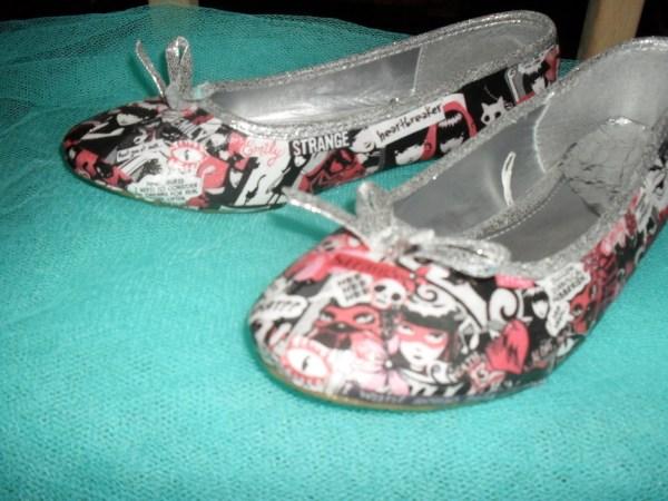Emily Strange Shoes Shoe Decoupage Cut