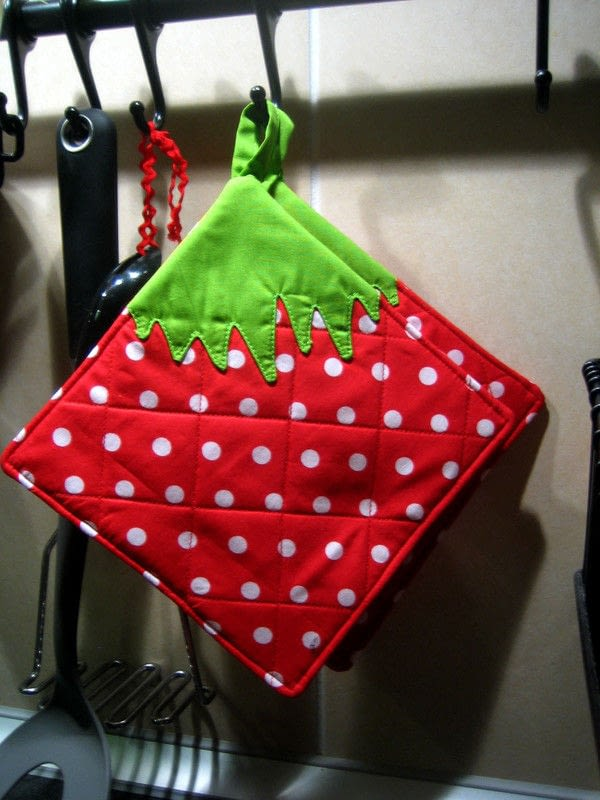 kitchen pot holders aid cooktop strawberry potholder · how to make a holder / ...