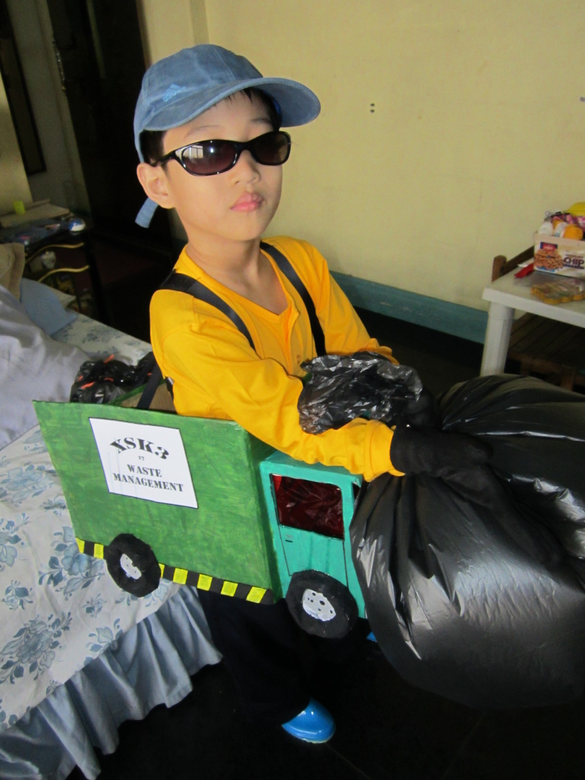 Garbage Truck Costume  A Weapon  Art and Papercraft on