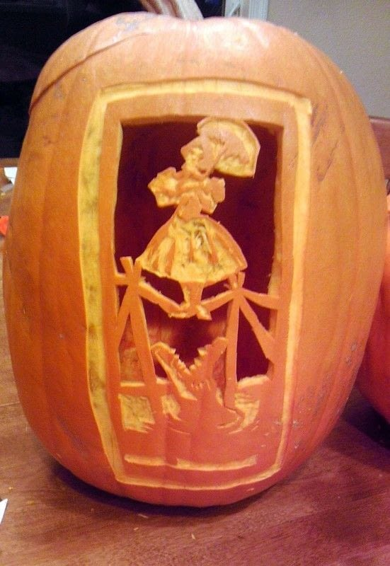 How To Haunted Mansion Portrait Pumpkin Carving  How To
