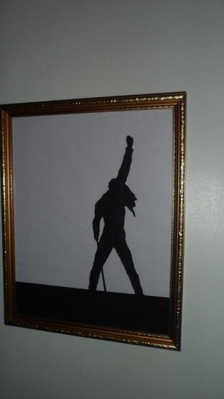 Freddie Mercury Papercut Silhouette Frame · How To Make