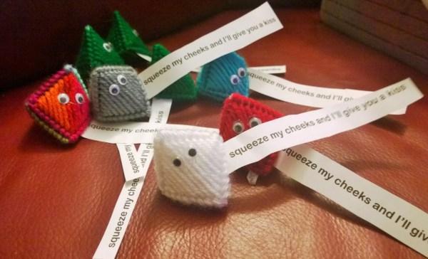 Plastic Canvas Kisses Toy Yarncraft Cut Creation Amanda
