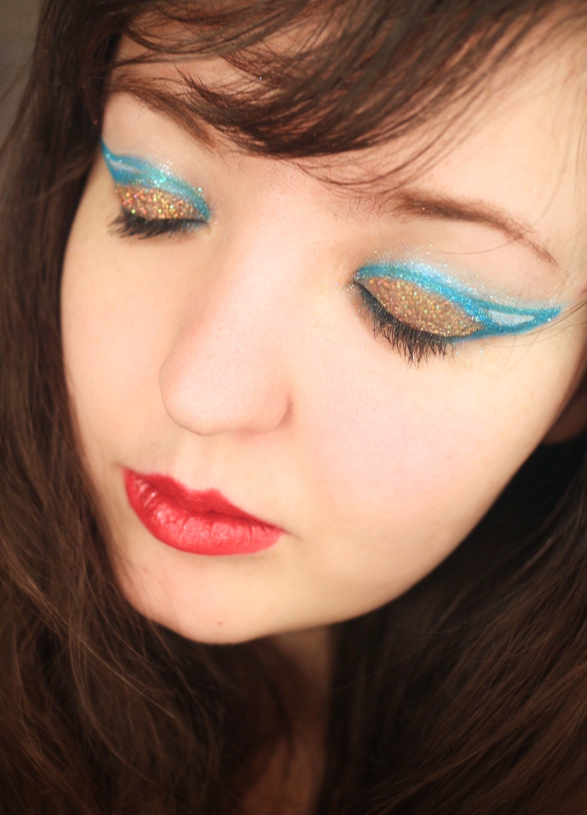Superhero Eyes How To Create A Graphic Liner Look