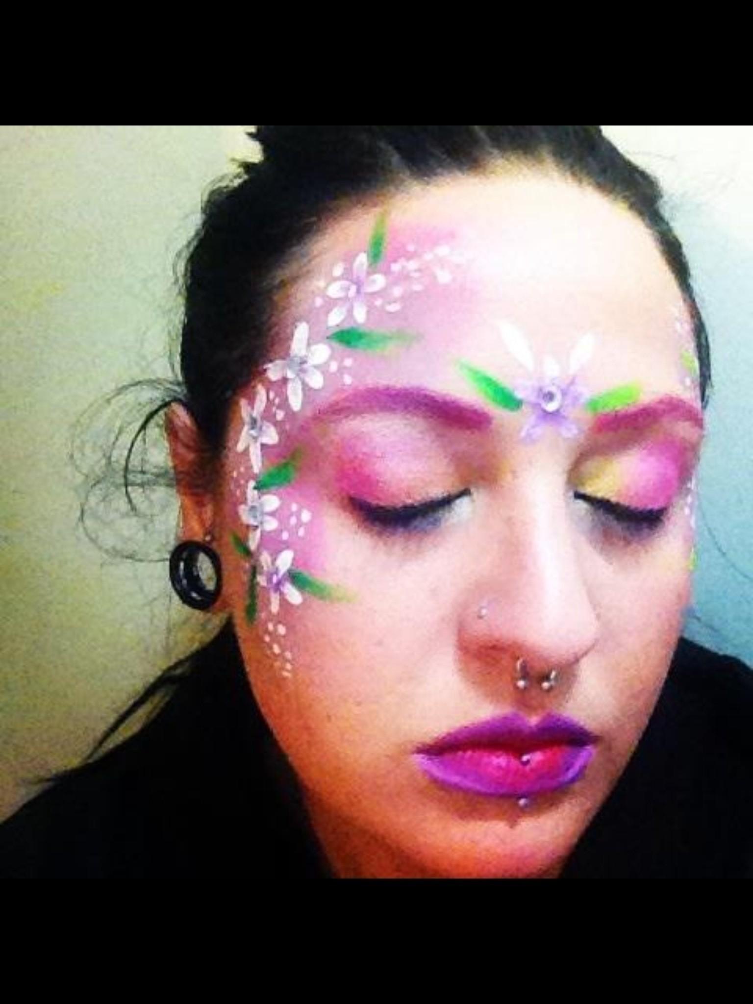 Easy Flower Face Paint : flower, paint, Simple, Flower, Paint, Painting, Beauty
