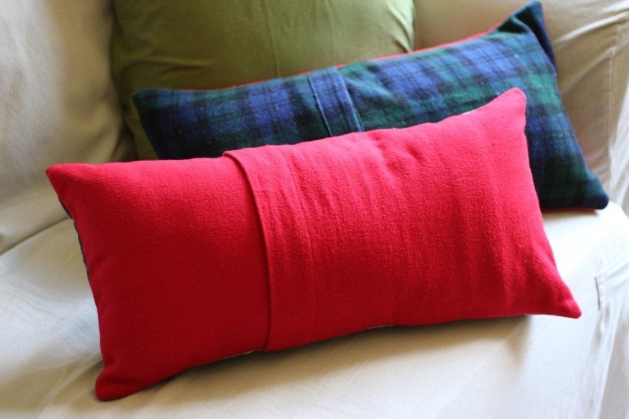 an envelope closure pillow sham