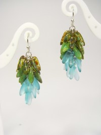 Dangling Cluster Earrings  How To Make A Dangle Earring ...