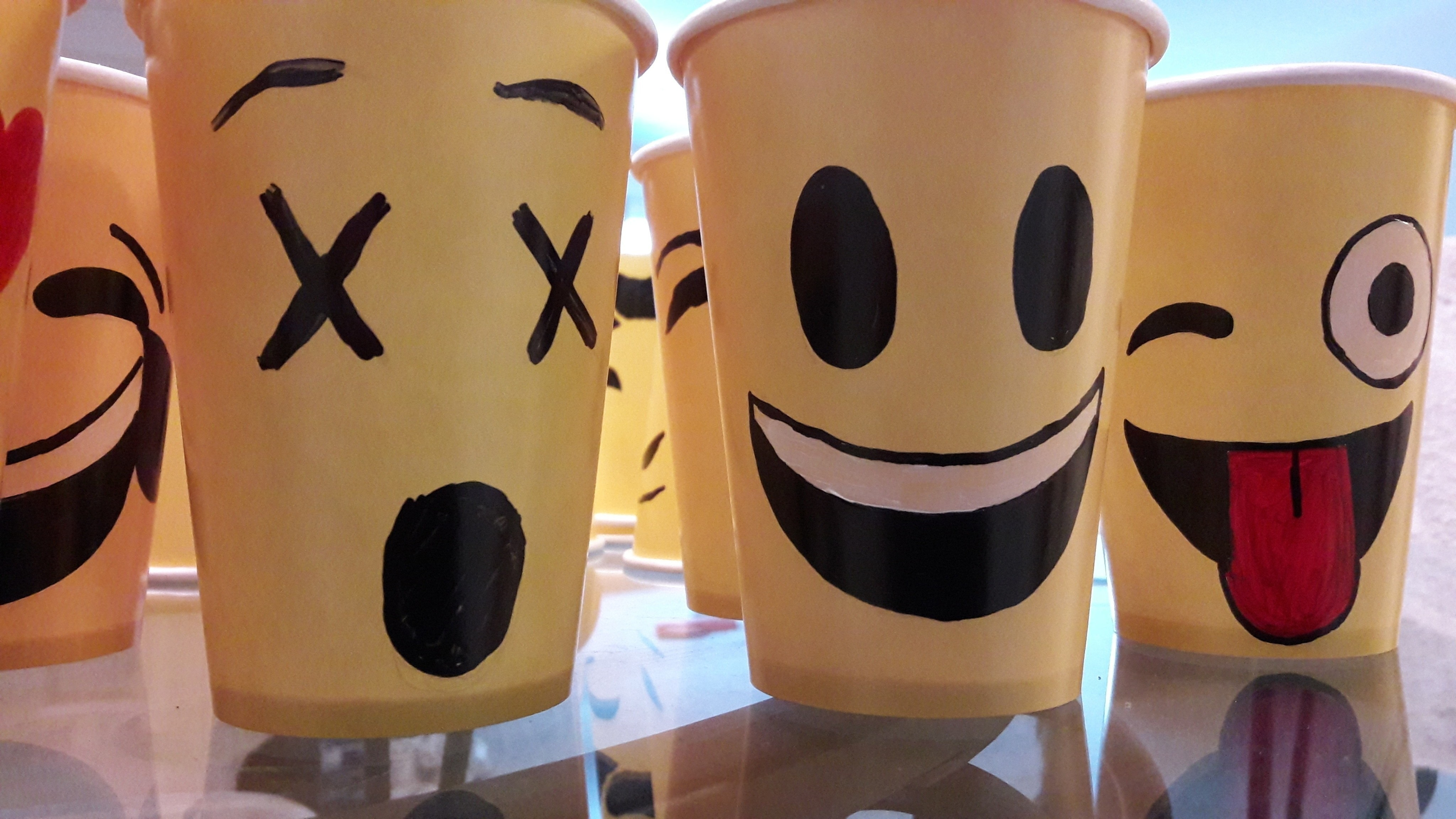 Emoji Face Paper Cups  How To Make A Cup  Mug  Decorating on Cut Out  Keep