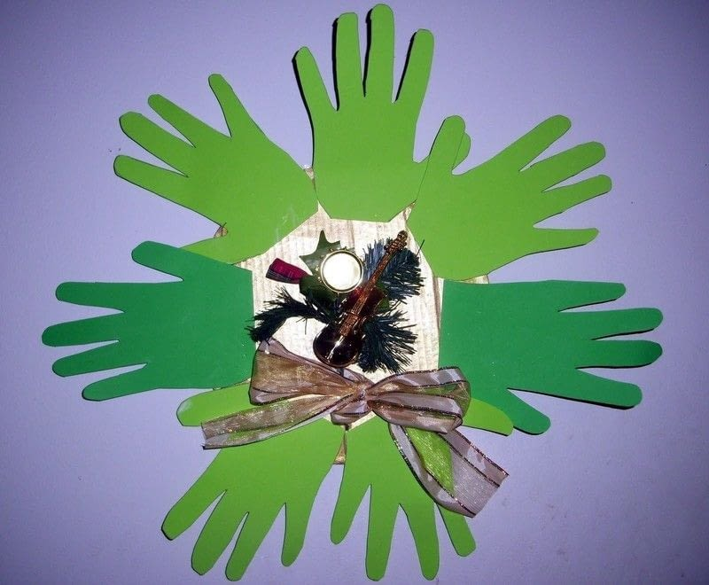 Hand Wreath  How To Make A Wreath  Decorating on Cut Out